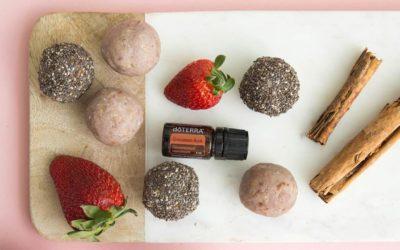Strawberry-Cinnamon Energy Bites